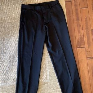 Men's vanhuesen traveler black dress pants